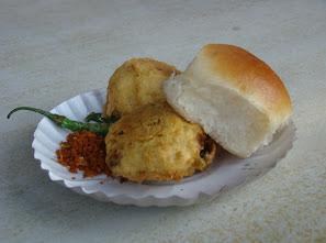Vada_Pav_of_Mumbai.jpg